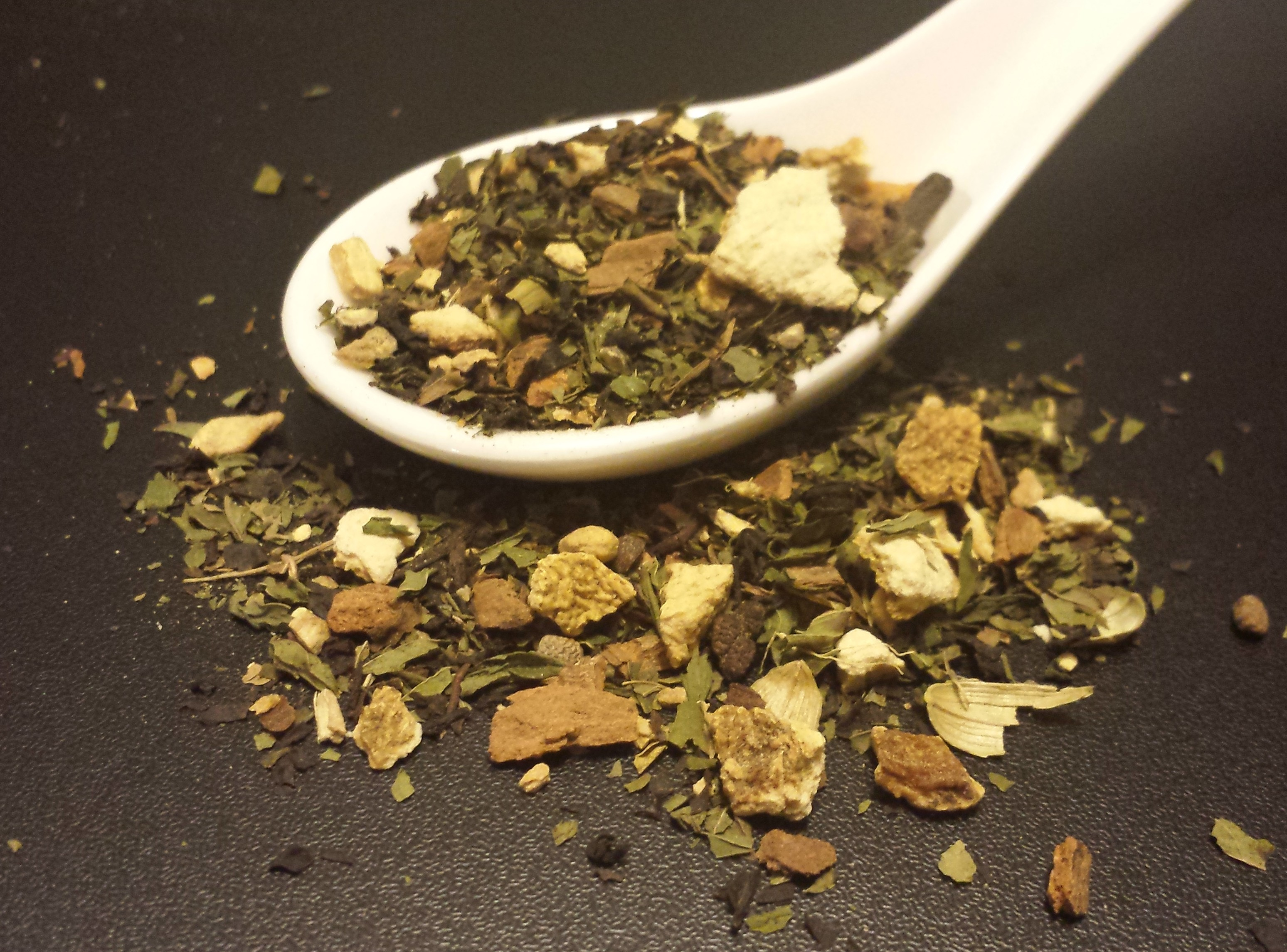 Holiday Cheer, seasonal, black tea, peppermint, cloves, cardamom, ginger, spearmint, orange peel
